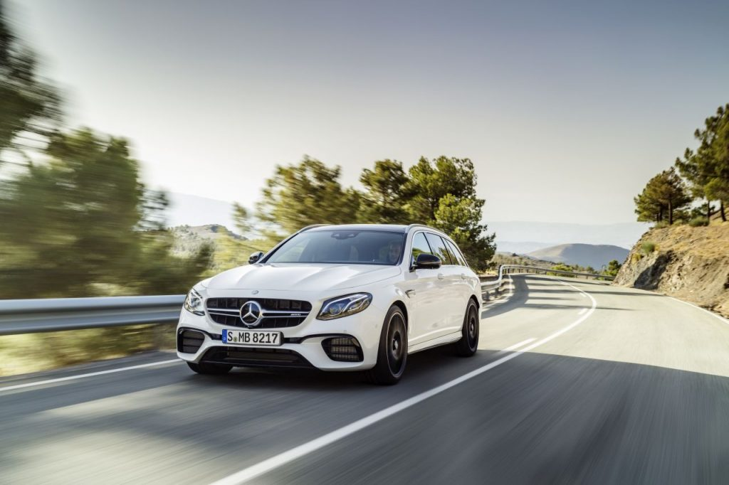 Mercedes-AMG E 63 4MATIC+ T-Modell und E 63 S 4MATIC+ T-Modell: Dynamik trifft Raum und Intelligenz